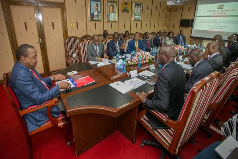 President Uhuru Kenyatta leading a cabinet secretaries meeting. Pastors have asked BBI team to include the [Photo, Courtesy]